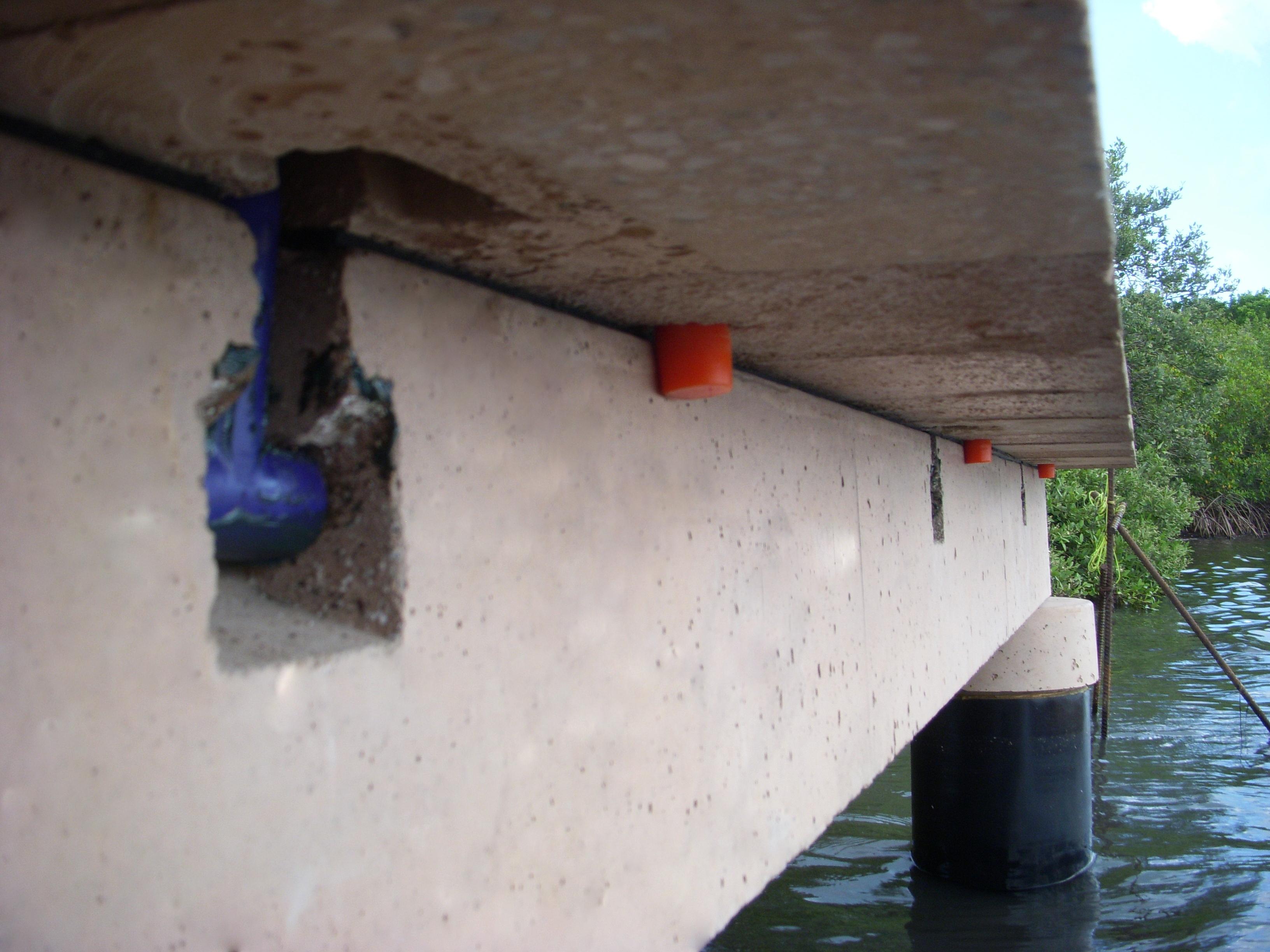 polyurethane connector for concrete boardwalk