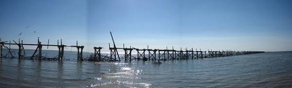 hurricane katrina fishing pier resized 600