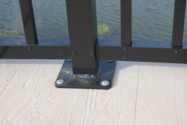 Aluminum Railing Base Plate   PermaTrak Boardwalk resized 600