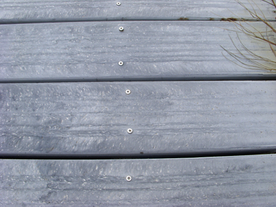 composite decking slippery resized 600
