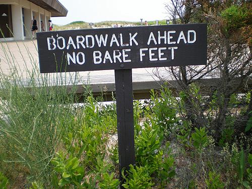boardwalk no bare feet resized 600