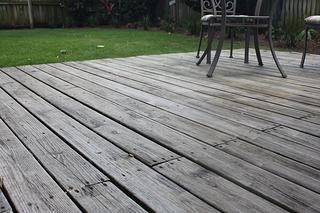 wood deck backyard resized 600