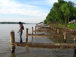 skinny dock boardwalk timber resized 600