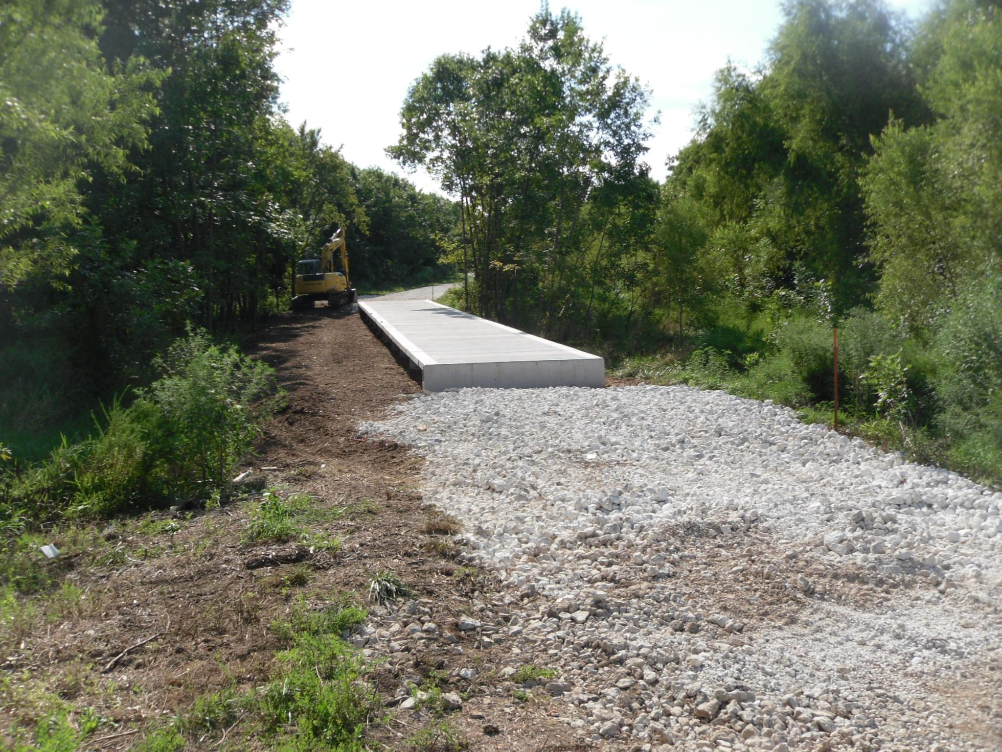 boardwalk_construction_clabber_creek_arkansas_permatrak.jpg