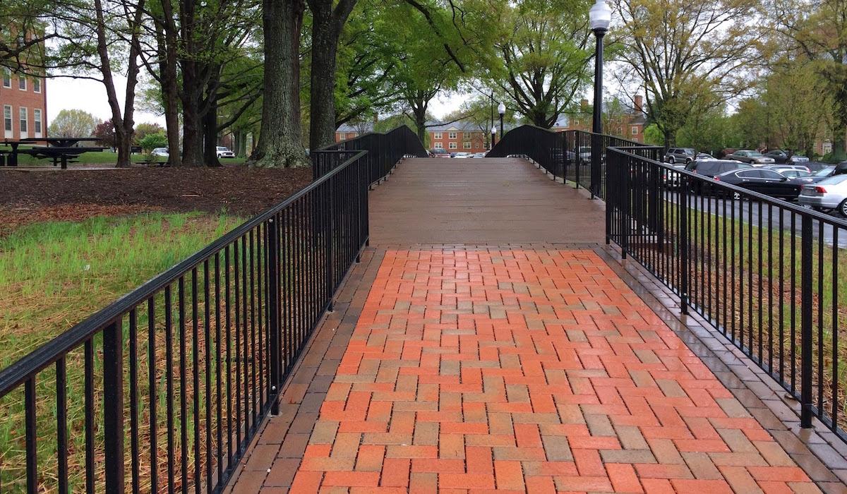 Farrell-Hall-Elevated-Walkway-Wake-Forest-University-3.jpg