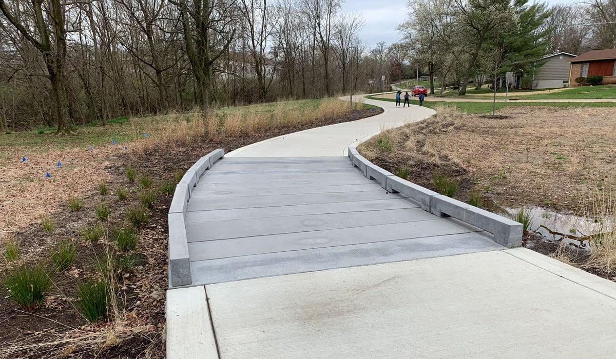 great-rivers-greenway-permatrak-concrete-boardwalk-profile-4