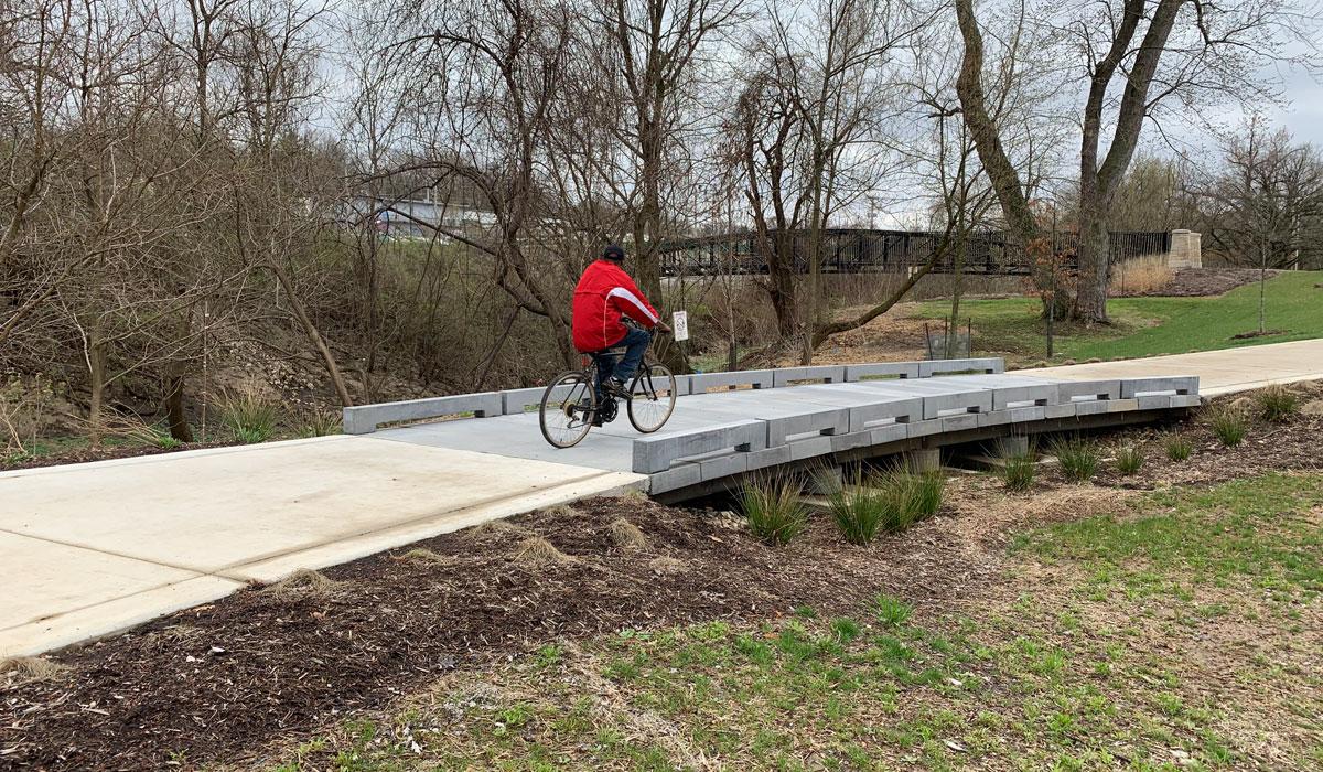 great-rivers-greenway-permatrak-concrete-boardwalk-profile-6